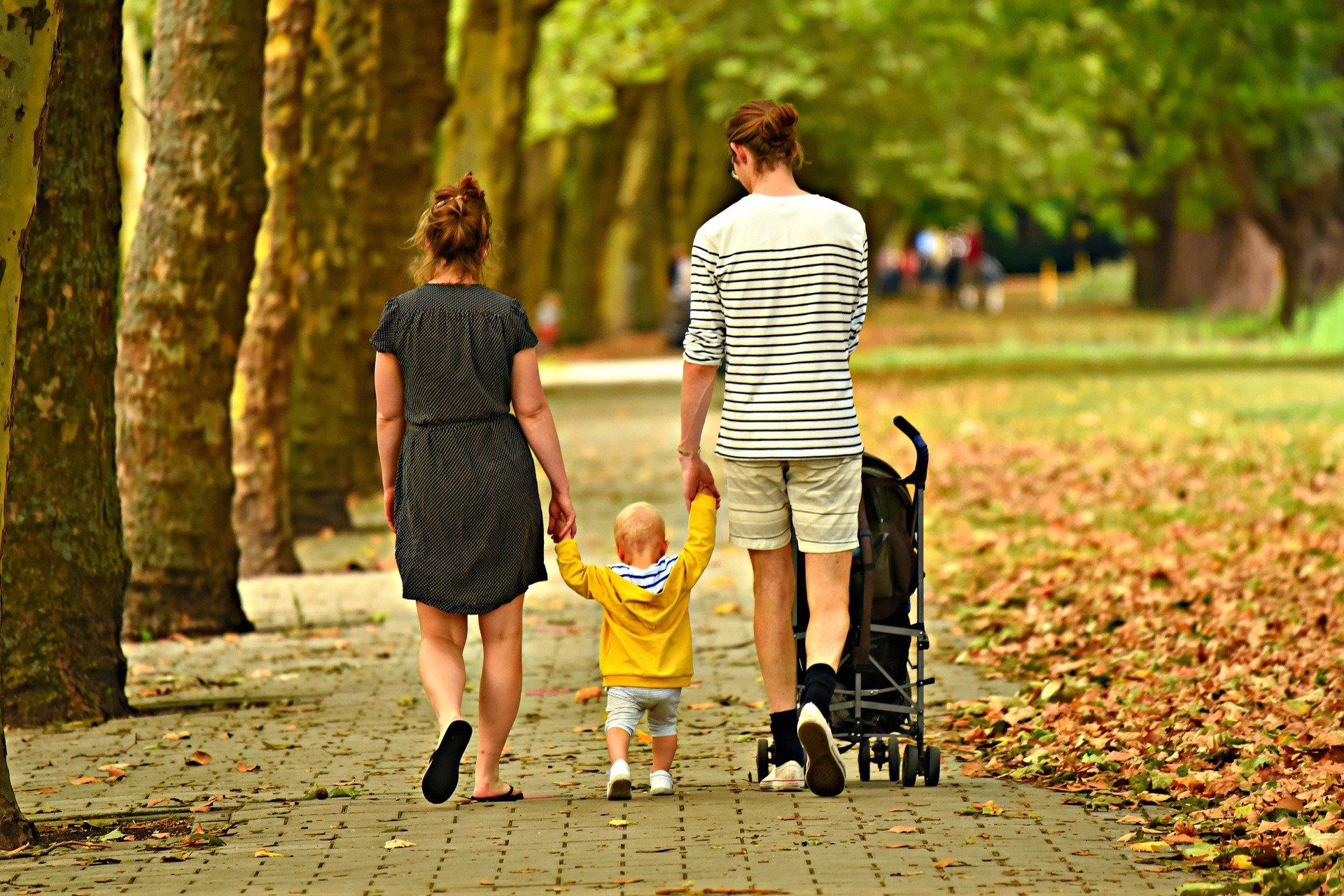Source: https://pixabay.com/photos/family-love-outdoors-woman-man-3602245/