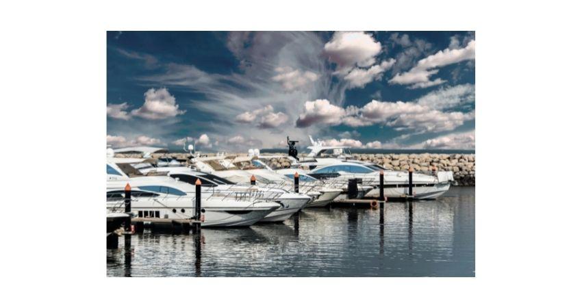 Types of yachts; cockpit motor yacht, sailing yachts, classic motor yacht, catamaran yacht.  .