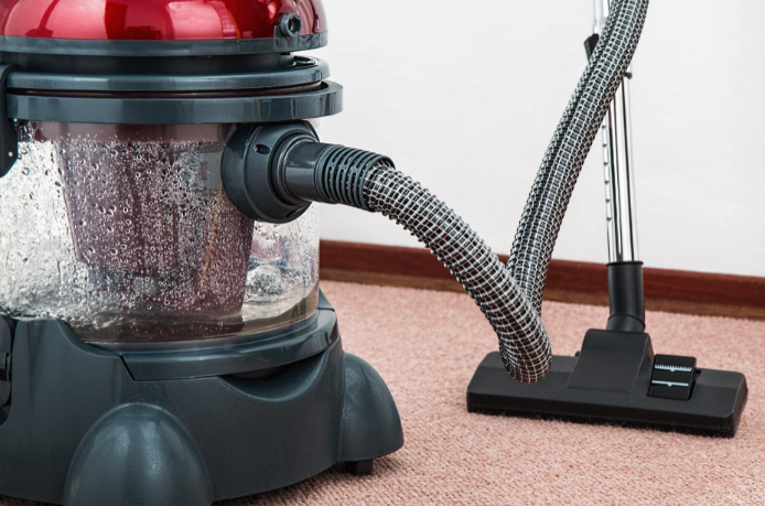 vacuuming the proper way to eliminate dust