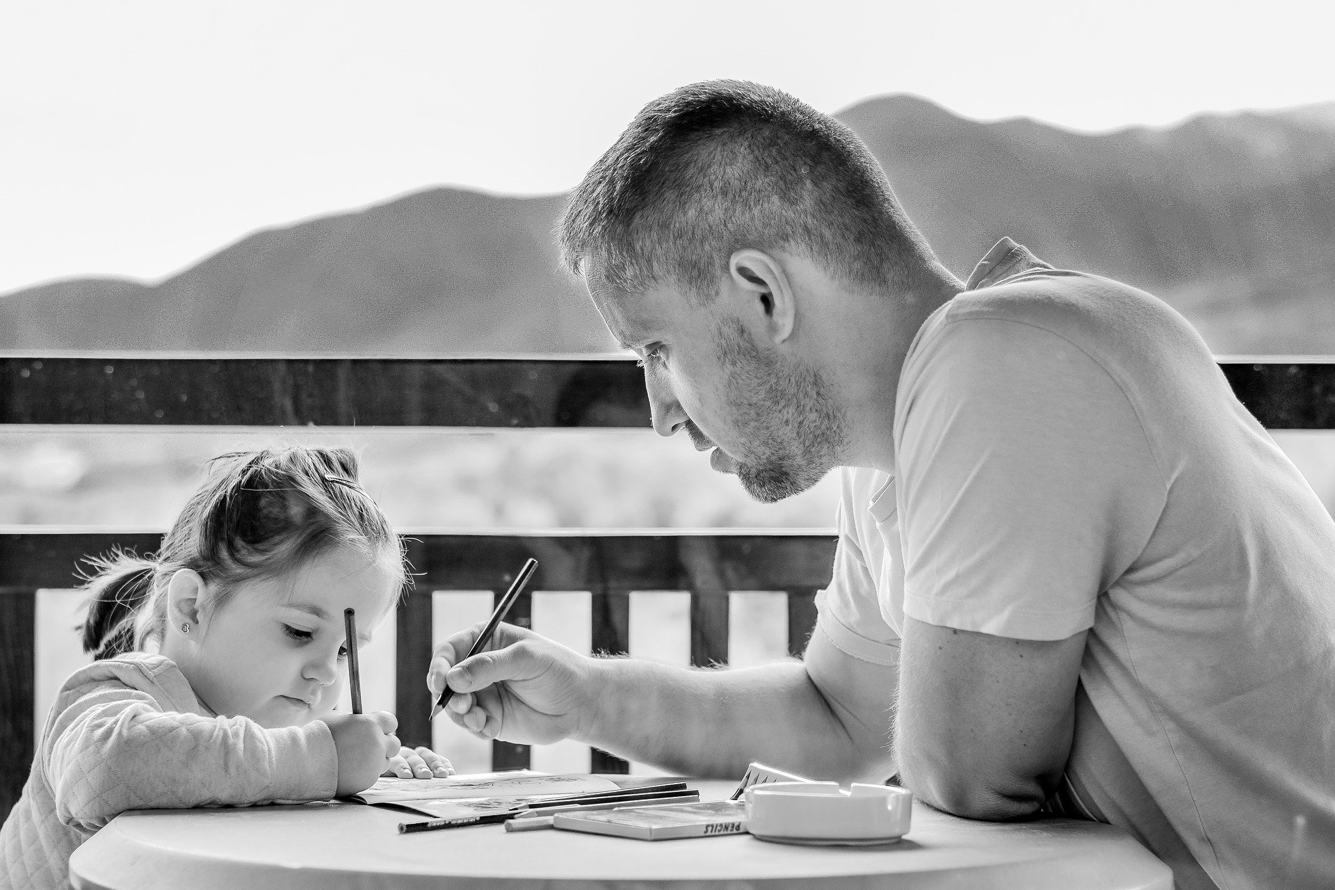 Source: https://pixabay.com/photos/girl-father-portrait-family-1641215/