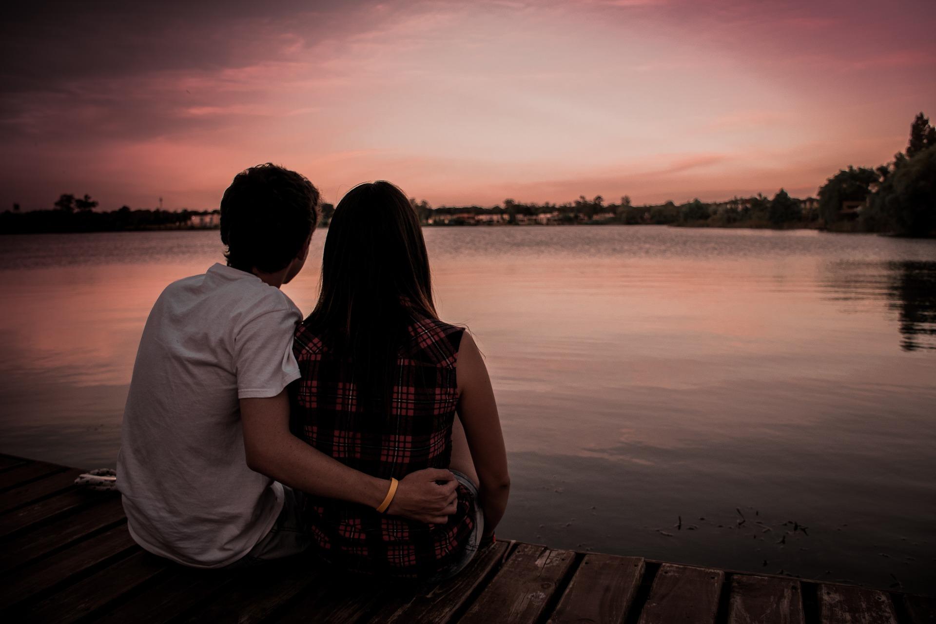 A date watching the sun set
